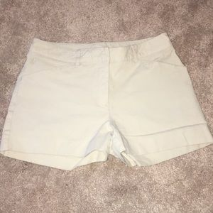 Lilly Pulitzer Khaki Shorts